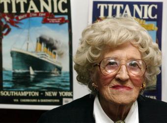 Millvina Dean, en una foto de 2002- AFP