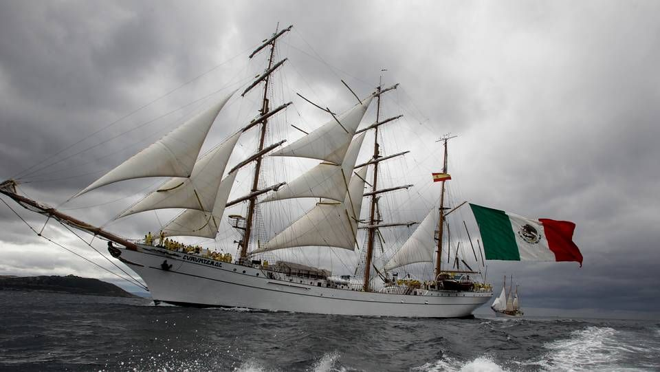 Los veleros más grandes del mundo atracan en A Coruña