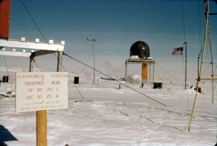 La estación polar Byrd, en la Antártida, en 1959-60. / HENRY BRECHER