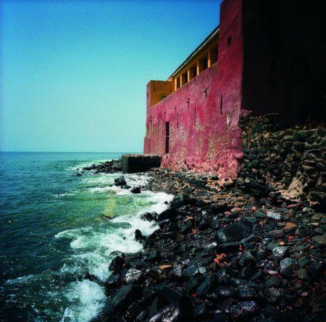 Fuerte de la isla senegalesa de Gorée. / ALFREDO CÁLIZ