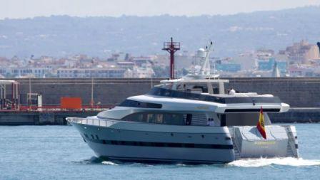 El yate 'Fortuna' navega por el Mediterráneo. / FÉLIX VIEJO (CORDON PRESS)