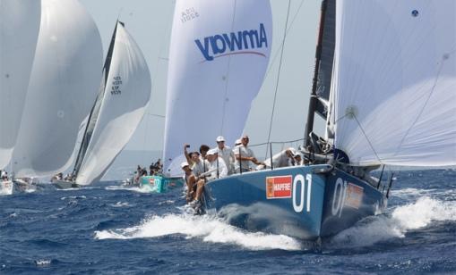 La flota de Soto40, entrenando este domingo en Palma. | MartinezStudio
