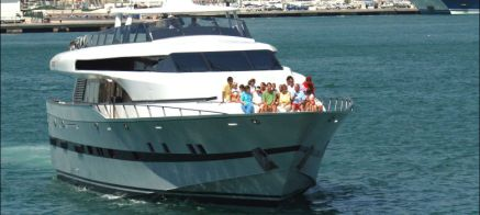Foto de archivo de la Familia Real a bordo del 'Fortuna'. (I.C.)