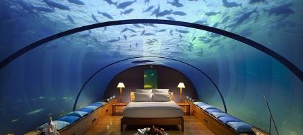 Habitación de un hotel submarino.