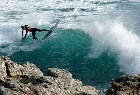 El joven es un auténtico especialista gracias al duro trabajo diario que realiza en las playas muradanas.