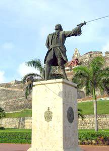 Monumento a don Blas de Lezo en Cartagena de Indias (Colombia). Aunque después se recordaría la memoria de Lezo, este fue enterrado en una fosa común, por lo que su cuerpo no pudo ser enterrado en las condiciones que merecía.