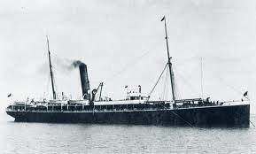 Buque Luis Vives, antes SS. ARIOSTO. Foto del libro THE WILSON LINE OF HULL. 1831-1981.