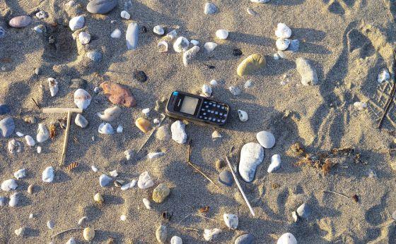 Basura en la playa de Las Sabinillas (Málaga). / Proyecto Marnoba