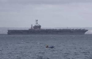 El USS Harry Truman fondeado hoy en la Bahia de Palma.