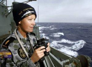 Labores de búsqueda a bordo de un barco