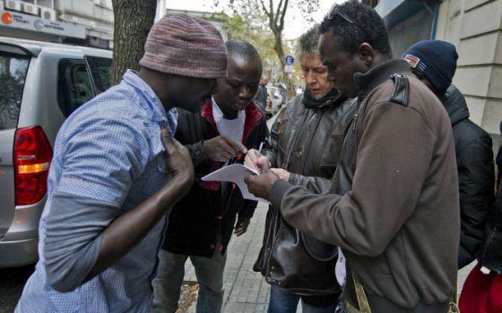 Los africanos que llegaron en un pesquero chino. / Sindicato del Mar de Uruguay