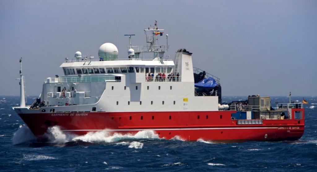 El buque 'Sarmiento de Gamboa' recorrió junto con el 'Hespérides' 42.000 millas náuticas y ambos tomaron muestras en 313 puntos repartidos por todo el planeta, a profundidades de hasta 6.000 metros