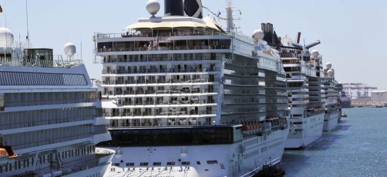 Cruceros en el puerto de Barcelona. / Joan Sanchez