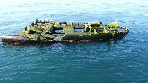 Los restos de la embarcación localizada frente a la costa de Oregón. / Oregon Parks and Recreation Department