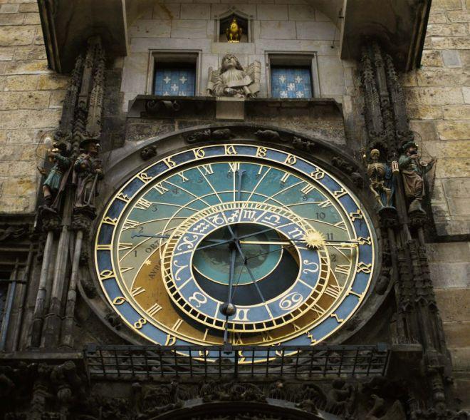 Ayuntamiento de la Ciudad Vieja de Praga, que alberga el reloj astronómico. / Zhou Lei