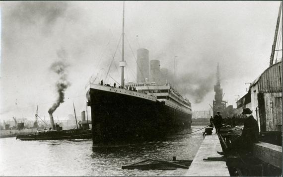 El Titanic, a punto de zarpar en Southampton